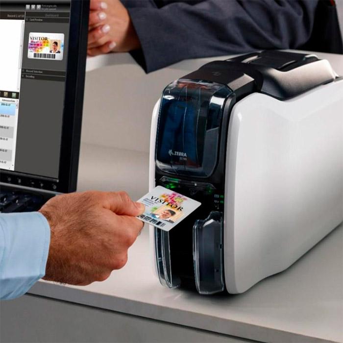 Принтер для друку на пластикових картах ZEBRA ZC100 USB (ZC11-0000000EM00)
