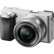 Фотоапарат SONY Alpha 6400 Kit Silver PZ 16-50mm f/3.5-5.6 OSS (ILCE6400LS.CEC)