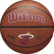 М'яч баскетбольний WILSON NBA Team Alliance Miami Heat Size 7 (WTB3100XBMIA)