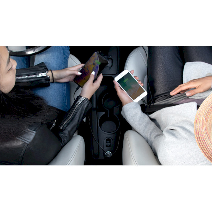 Автомобильное зарядное устройство BELKIN Boost Up Charge Dual USB-A Car Charger 24W (CCB001BTBK)